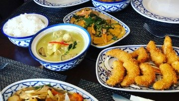Pin Petch Thai Restaurant Food